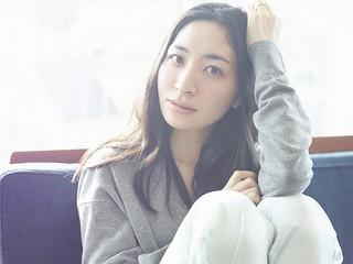 坂本真綾が「コードギアス 亡国のアキト」新主題歌「アルコ」を発表