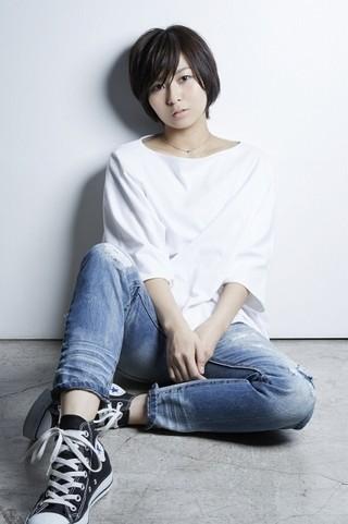「クロムクロ」新エンディング主題歌は、17歳の新鋭歌手・和島あみ