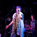 緒方恵美「EARLY OGATA BEST」ツアー開催決定 伝説のラジオ番組「銀ほえ」も限定復活