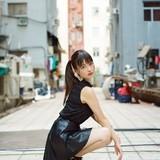 上坂すみれ、初の海外ロケで撮影された3rdアルバムジャケット&アーティスト写真公開