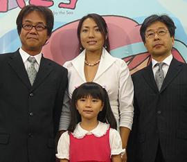 美人歌手・林正子の主題歌もヒット中「崖の上のポニョ」