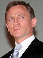 キスはお上手なようで!「007 慰めの報酬」