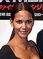 米エスクァイア誌が選ぶ「最もセクシーな女性」ハル・ベリー、第2子計画中
