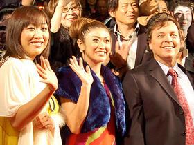 整形いらずの美女・山田も浅草で大人気「劇場版 カンナさん大成功です!」