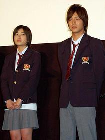 映画は初日だが、現在もTVドラマ版撮影中!「赤い糸」