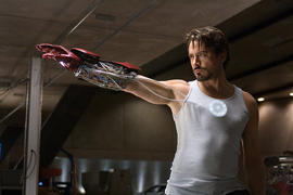 「アイアンマン」は「ダークナイト」より高評価「アイアンマン」