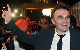 写真はインド・ムンバイで凱旋プレミアのボイル監督「スラムドッグ$ミリオネア」
