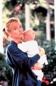 ドSな母親役に「ゆりかごを揺らす手」