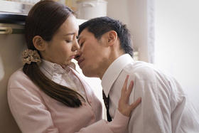 平成版「団地妻」で高尾祥子は初ヌード「後ろから前から(2010)」