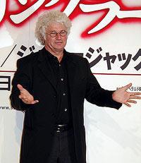日本びいきの監督は会見でも「何でも聞いて」とご機嫌「スターリングラード」