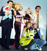 (後列左より)グッチ裕三、神田、釈、湯山監督 (前列左より)優香、松本