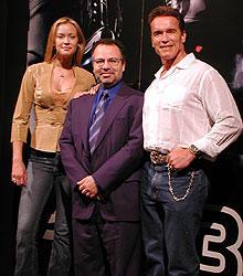(左より)ローケン、モストウ監督、シュワ「ターミネーター」