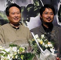 (左より)アン・リー監督、ウィルソン・タン「ハルク」