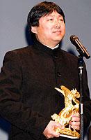 受賞者スピーチでの フォ・ジェンチー監督「ヴァイブレータ」