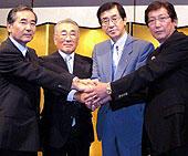 会見した4団体の代表者