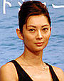 伊東美咲の大胆なエッチシーンもあるぞ!森田芳光の「海猫」