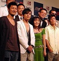 (前列左より)ショーン・ユー、ジェイ・チョウ、 鈴木杏、エディソン・チャン「インファナル・アフェア」