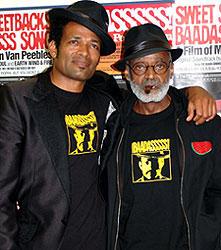 息子マリオ(左)と父メルビン「バッドアス!」