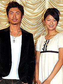 お似合いのカップル!? (左から)眞木大輔、榮倉奈々「渋谷区円山町」