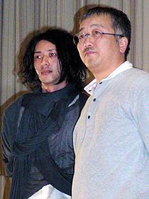(左から)オダギリジョー、大友克洋監督「蟲師」