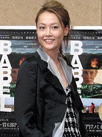 アカデミー賞授賞式に出席のため 渡米する菊地凛子「バベル」
