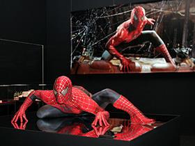 展示されているスパイダーマン「スパイダーマン」