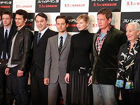 サム・ライミ監督以下、トビー・マグワイア、 キルステン・ダンストらオールキャストが集合した記者会見「スパイダーマン」