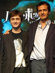 (左から)ダニエル・ラドクリフ、デビッド・ヘイマン「ハリー・ポッターと不死鳥の騎士団」