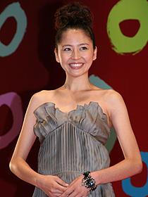 """20年の歴史で初の""""オープニング 女優""""に選ばれた長澤まさみ「ミッドナイト イーグル」"""