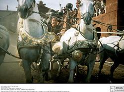 戦車競走の再現が楽しみ!「ローマの休日」