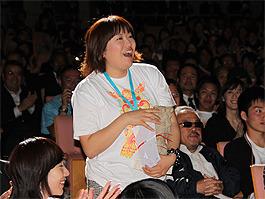 受賞した瞬間の黒沢「クロサワ映画」
