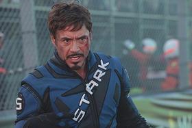 凶悪な敵に立ち向かうアイアンマンもパワーアップ「アイアンマン」