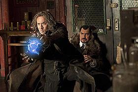 ケイジが魔法使いを演じる新作「魔法使いの弟子」「スーパーマン」