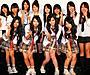 SCANDAL、女子高生コーラス隊と生演奏
