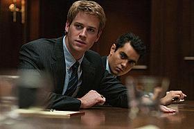 「ソーシャル・ネットワーク」にも出演しているハマー(左)「J・エドガー」