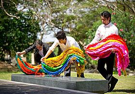 サイパンで供えられた1万1000羽の千羽鶴「太平洋の奇跡 フォックスと呼ばれた男」