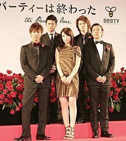 仲里依紗、豪華イケメンと共演「女たちは二度遊ぶ」