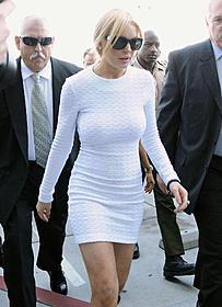 白いドレスで、身の潔白を主張!? 法廷の様子は全米に生中継された