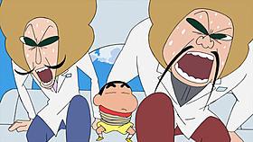 右がジャガー(村上信五)、左がマッシュ(大倉忠義)「映画クレヨンしんちゃん 嵐を呼ぶ黄金のスパイ大作戦」