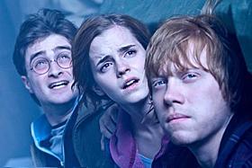 最終決戦を前に、絆を深めるハリー、ハーマイオニー、ロン「ハリー・ポッターと死の秘宝 PART2」