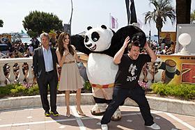 アンジー&ブラック&ホフマン、ジャイアントパンダのポーと「カンフー・パンダ」