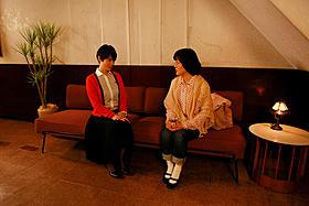 小林聡美、原田知世が初共演「東京オアシス」