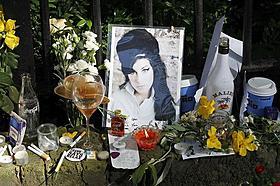27歳で亡くなったエイミー・ワインハウスさん