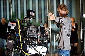 3D映像に加え、今回はストーリーの構築にもこだわったベイ監督「トランスフォーマー ダークサイド・ムーン」