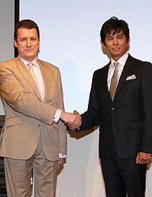 織田裕二、スペイン大使館を表敬訪問「アンダルシア 女神の報復」