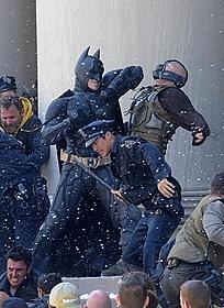 バットマンとベインが対決!「バットマン」