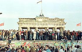 ドイツ分断の象徴は89年に崩壊「グッバイ、レーニン!」