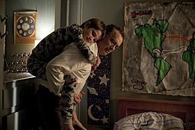 T・ハンクス、S・ブロックとの初共演は夫婦役「ものすごくうるさくて、ありえないほど近い」