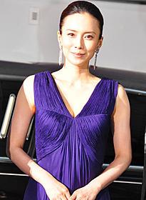 紫色のドレスでため息を誘った中谷美紀「源氏物語 千年の謎」