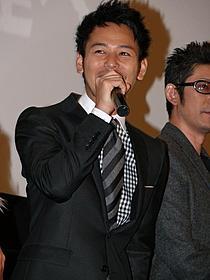 三谷幸喜監督にライバル心を燃やした妻夫木聡「ステキな金縛り」